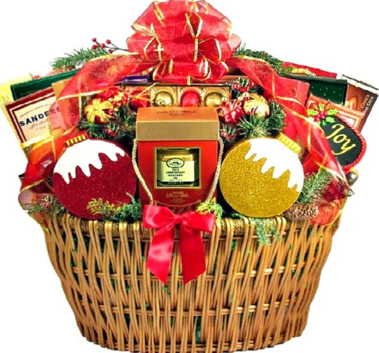 Christmas Gift Baskets For Women.Giant Christmas Party Gift Basket