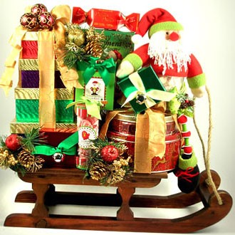 holiday-gift-basket-santa-sleigh