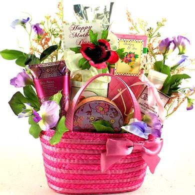Lovely Lady Gift Basket For Mom