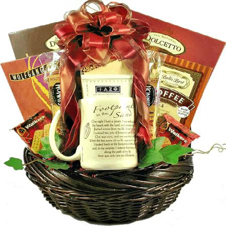 Inspiration-gift-baskets-footprints-sand