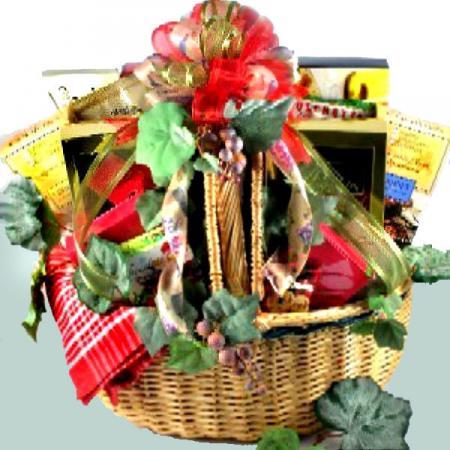 Large Gourmet Picnic Gift Basket