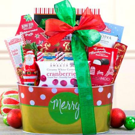 Christmas-chocolates-gift-basket