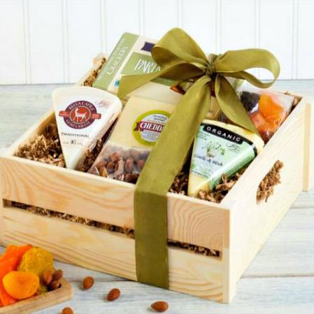 Classic Cheese, Nuts and Dried Fruit Assortment