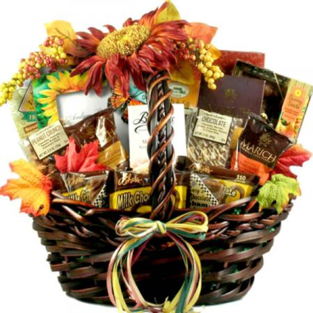 Deluxe Fall Food Basket