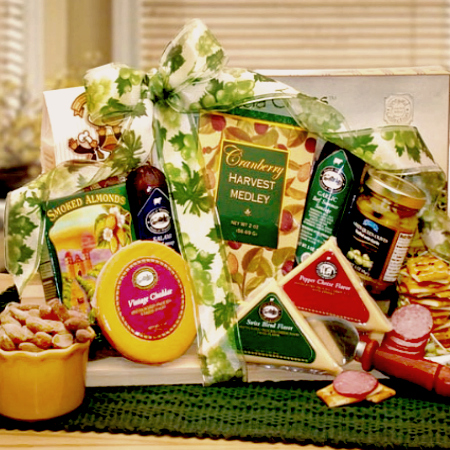 DISTINCTIVE-GOURMET-FOOD-GIFT-BOARD