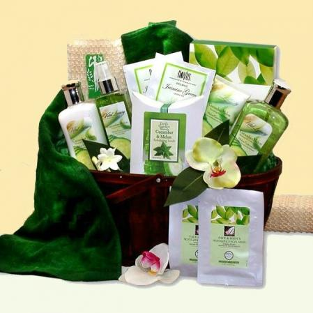 Large Pamper Bath and Body Basket