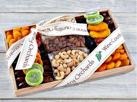 nuts-fruits-gift