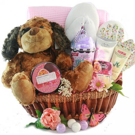 lovely spa gift basket for her