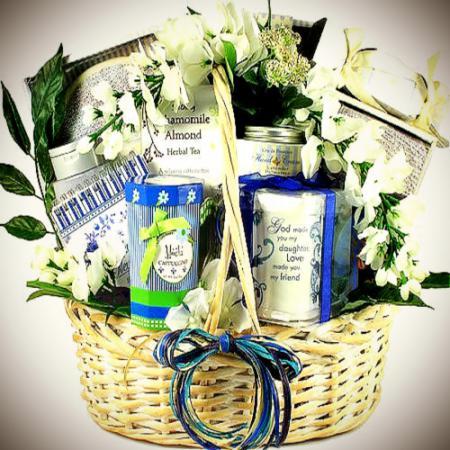 my daughter friend gift basket