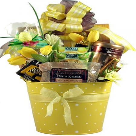 The Classic Easter Basket