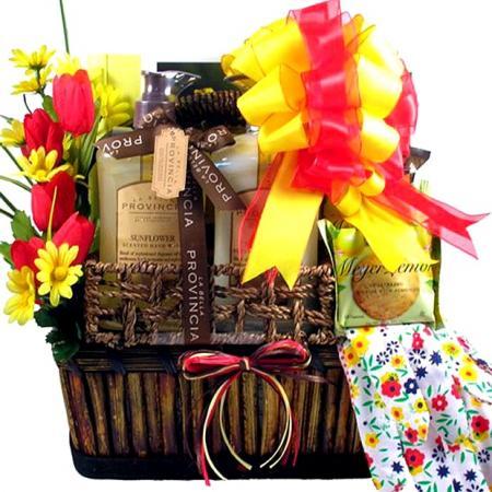 The Sunny Garden Gift Basket