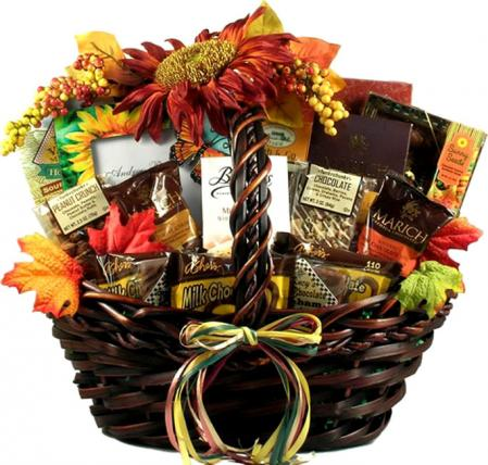 Deluxe Customer Favorite Gourmet Basket