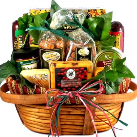 Midwestern-sausage-and-cheese-gift-basket