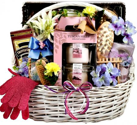 spa-treatment-gift-basket