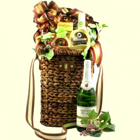 Tuscan Village Winery Picnic Basket