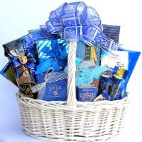 Festival Of Lights, Deluxe Hanukkah Gift Basket