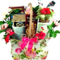 surprise-gift-basket--frien
