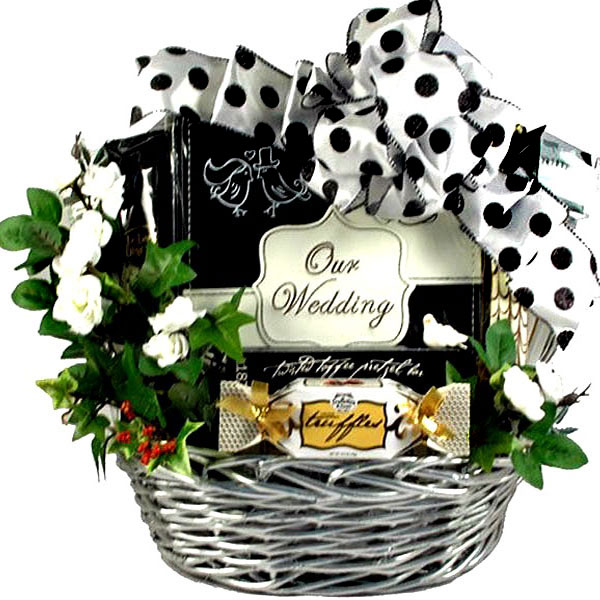Wedding Gift Packages : Newly Wedded Bliss, Wedding Gift Basket